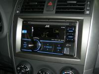 Фотография установки магнитолы JVC KW-R400EE в Toyota Corolla X