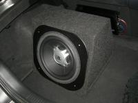 Установка сабвуфера JBL GT5-12 box в Honda Integra