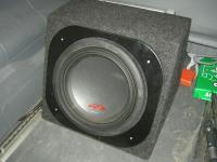 Установка сабвуфера Alpine SWR-1223D box в Mercedes Viano
