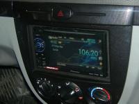 Фотография установки магнитолы Pioneer AVH-1400DVD в Chevrolet Lacetti