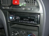 Фотография установки магнитолы Alpine CDE-131R в Hyundai Elantra