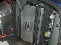 Установка усилителя Mac Audio MPX MONO в Subaru Legacy