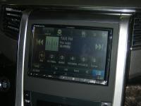 Фотография установки магнитолы Alpine INE-W928R в Toyota Alphard