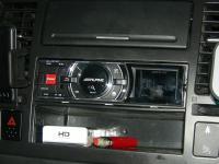 Фотография установки магнитолы Alpine iDA-X311RR в Nissan Tiida