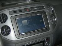 Фотография установки магнитолы Alpine ICS-X7 в Volkswagen Tiguan