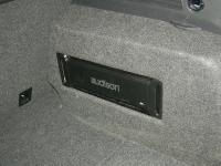 Установка усилителя Audison SR 4 в Volkswagen Tiguan