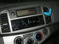 Фотография установки магнитолы Pioneer MVH-8300BT в Nissan Micra