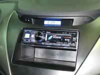 Фотография установки магнитолы Alpine CDA-137BTi в Hyundai Elantra V