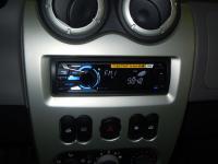 Фотография установки магнитолы Sony DSX-S100 в Renault Logan