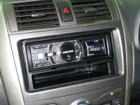Фотография установки магнитолы Alpine iDA-X311 в Toyota Fielder