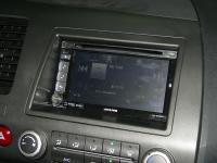 Фотография установки магнитолы Alpine INE-W920R в Honda Civic 4D