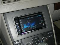 Фотография установки магнитолы Pioneer AVH-X1500DVD в Volvo XC90