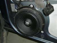 Установка акустики Morel Maximo 6 в Peugeot 407