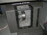 Установка сабвуфера Alpine SBG-1244BP в Audi A4 (B6)