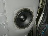 Установка акустики Morel Virtus 602 в Chevrolet Express