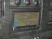Фотография установки магнитолы Alpine INA-W910R в Chevrolet Express