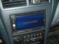 Фотография установки магнитолы Alpine IVE-W530BT в Nissan Almera Classic