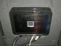 Установка усилителя Alpine PDX-V9 в Opel Zafira B