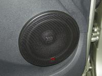 Установка акустики Morel Maximo 6 в Renault Sandero