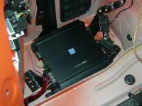 Установка усилителя Alpine MRV-M500 в BMW M1
