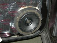 Установка акустики Morel Hybrid Integra 602 в Subaru XV