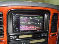 Фотография установки магнитолы Pioneer AVH-P3100DVD в Lexus LX 470