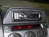 Фотография установки магнитолы Alpine CDE-9880R в Mazda 6 (I)