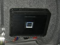 Установка усилителя Alpine PDX-V9 в Volkswagen Jetta VI