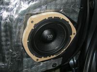 Установка акустики Morel Virtus 602 в Toyota Hilux