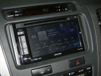 Фотография установки магнитолы Alpine IVE-W535BT в Toyota Hilux