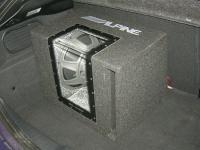 Установка сабвуфера Alpine SBG-1244BP в Peugeot 208
