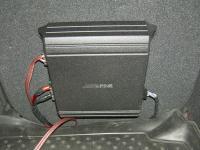 Установка усилителя Alpine MRV-M250 в Citroen C4