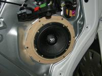 Установка акустики Morel Maximo 6 в Volkswagen Caravelle