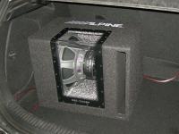 Установка сабвуфера Alpine SBG-1244BP в Mazda 3 (II)