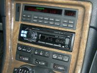 Фотография установки магнитолы Alpine CDE-112Ri в BMW 850