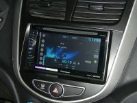 Фотография установки магнитолы Pioneer AVH-X1500DVD в Hyundai Solaris