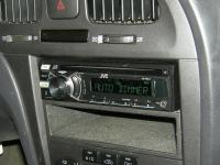 Фотография установки магнитолы JVC KD-R647EE в Hyundai Elantra