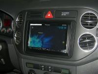 Фотография установки магнитолы Pioneer AVH-X4500DVD в Volkswagen Golf Plus
