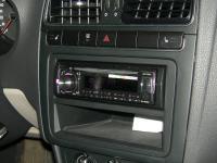 Фотография установки магнитолы Pioneer DEH-X3600UI в Volkswagen Polo V