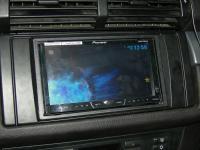 Фотография установки магнитолы Pioneer AVH-X4500DVD в BMW X5 (E70)