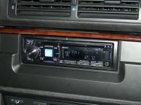 Фотография установки магнитолы Alpine CDE-177BT в BMW 5 (E39)