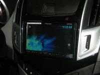 Фотография установки магнитолы Pioneer AVH-X4500DVD в Chevrolet Cruze