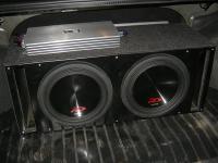 Установка сабвуфера Alpine SWR-12D4 x 2 vented box в Lada Granta