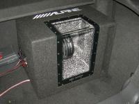 Установка сабвуфера Alpine SBG-1244BP в Opel Astra H