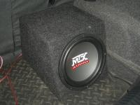 Установка сабвуфера MTX RT10-04 box в Volkswagen Polo V