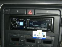 Фотография установки магнитолы Alpine CDE-178BT в Audi A4 (B7)