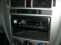 Фотография установки магнитолы Alpine CDE-174BT в Chevrolet Lacetti