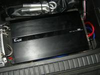 Установка усилителя Kicx AR 1.350 в Toyota RAV4.3