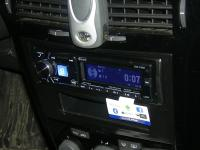Фотография установки магнитолы Alpine CDE-178BT в Opel Astra H