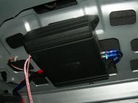Установка усилителя Alpine MRV-M250 в Volkswagen Bora